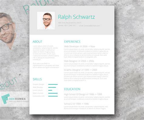 Resume name header