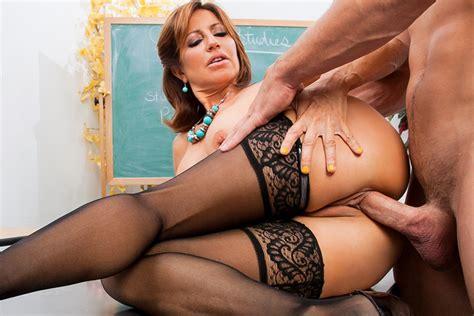 tumblr milf teachers nude gallery