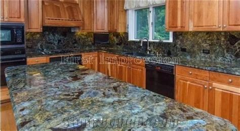 Luxury Labradorite Volga Blue Granite Countertops/Ukraine