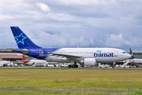 a310 300 air transat file airbus a310 300 air transat 11183385336 jpg wikimedia commons