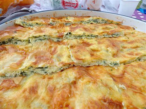 cuisine bosniaque pita au fromage et aux épinards recette bosniaque