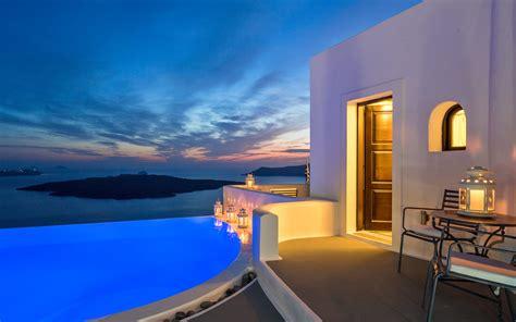 luxury accommodation santorini suites