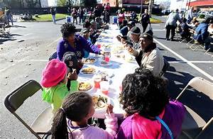 'Feeding 5,000' free meal event on Saturday - Daily Press