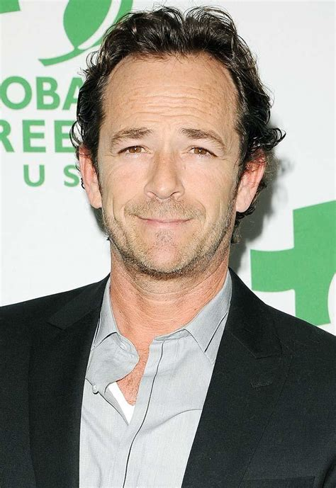 Exclusive: Luke Perry Heads to Hot in Cleveland - Today's ...