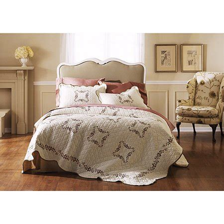 better homes and gardens quilt sets better homes and gardens baylee quilt set walmart