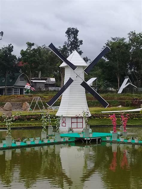 foto foto  taman bunga alamanda sleman yogyakarta
