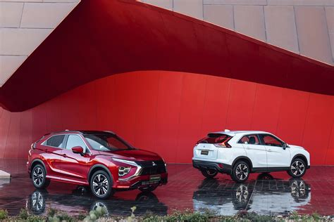 The mitsubishi eclipse cross is a compact crossover suv produced by japanese automaker mitsubishi motors since october 2017. 2022 Mitsubishi Eclipse Cross refreshes interior, reworks ...