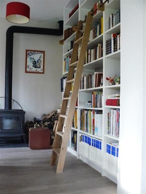 une echelle de bibliotheque billy