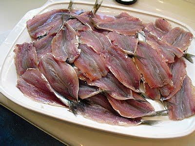 comment cuisiner des filets de sardines comment faire les filets de sardines la recette facile par toqués 2 cuisine