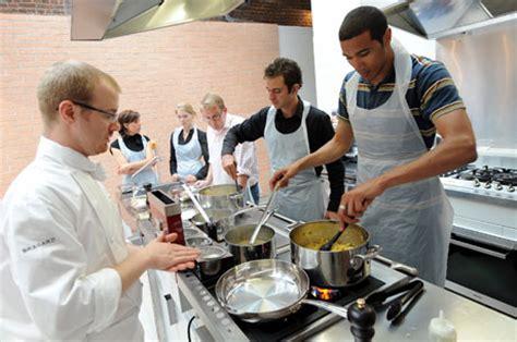 cours cuisine grand chef cours de cuisine apprenez ou perfectionnez vos recette