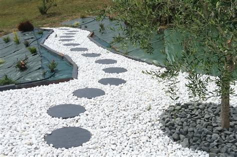 installer des pas japonais chemin jardin pas japonais idees accueil design et mobilier