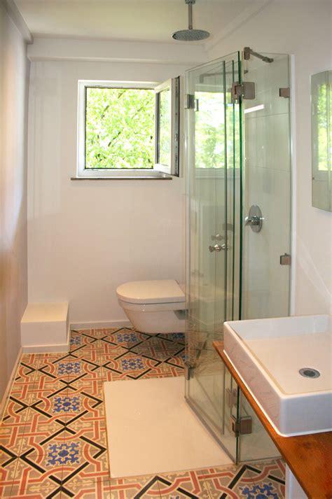 Ebenerdige Duschen Für Kleine Bäder by Faltbare U Dusche Platzsparend Und Ideal F 252 R Beengte