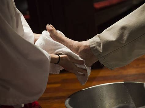 feet washing  transforming easter experience