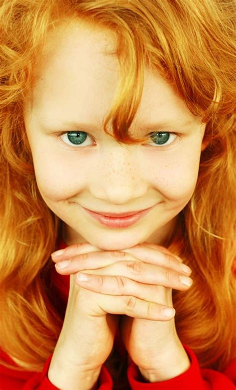 Strawberry Blonde Girl With Green Eyes Rare Redheads