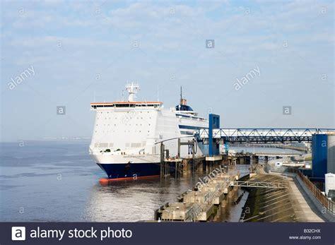 Car Parking Hull Ferry by P O Ferry Im 225 Genes De Stock P O Ferry Fotos De Stock Alamy