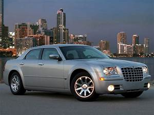 Chrysler 300c Specs  U0026 Photos