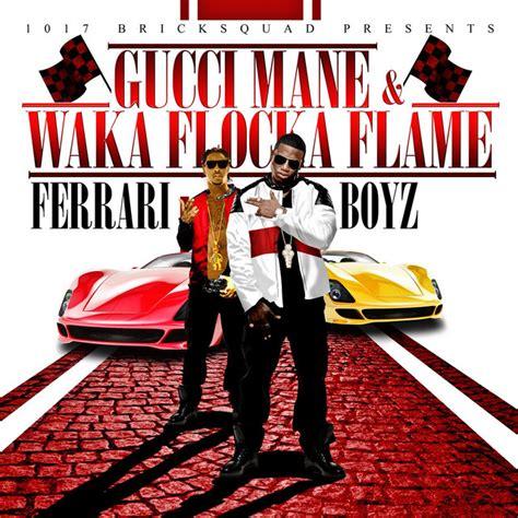 Une ferrari conduite par dinaz à l'imprimé gucci vert foncé et blanc. Ferrari Boyz (Deluxe) - Album by Gucci Mane, Waka Flocka Flame | Spotify