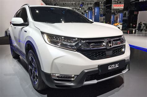 Hybridised Honda Suv: New Cr-v Hybrid Prototype Hits