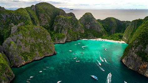 Thailands Famed Phi Phi Islands Are Running Out Of Clean