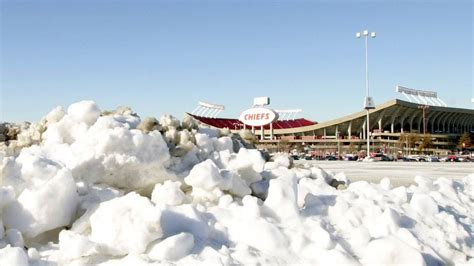 Winter storm to hit Kansas City ahead of Chiefs playoff