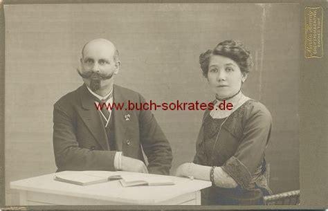 victor emanuel bart buchversand sokrates foto o a kabinettfoto foto ehepaar mittleren alters aus