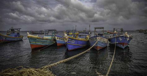 Fishing Boat Engines India by Fishing Boats India Travel Forum Indiamike