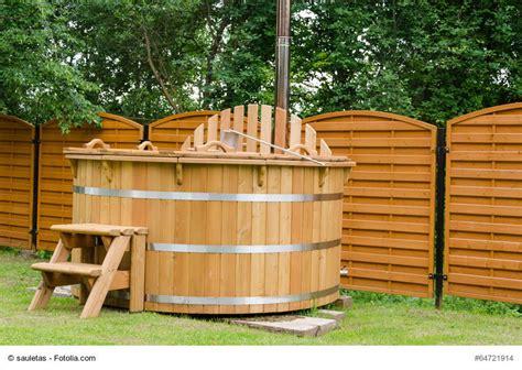 Whirlpool Garten Fass by 187 Badefass Kaufberatung Wellness Im Garten Das Ganze Jahr