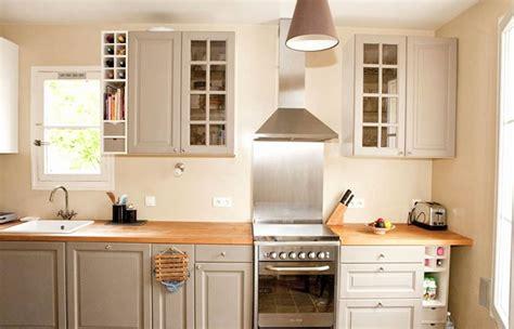 couleur de meuble de cuisine lovely meuble cuisine couleur taupe fresh design de maison