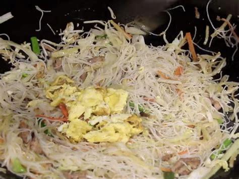 pork mei fun rice noodles