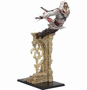 Buy Official Assassin's Creed II PVC Statue Leap of Faith ...
