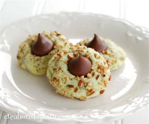 recipe for christmas pistachio kiss cookies