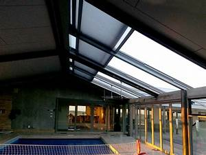 Install a retractable roof and enjoy your indoor pool for Indoor pool with retractable roof