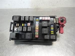 Used Chrysler 300 C 2 7 V6 24v Fuse Box