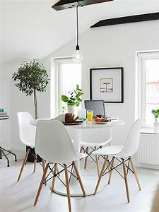 10 tips for small dining rooms 28 pics decoholic With small apartment dining room ideas