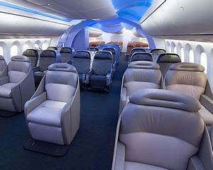 Fly first class in a double decker plane! Boeing 787 ...