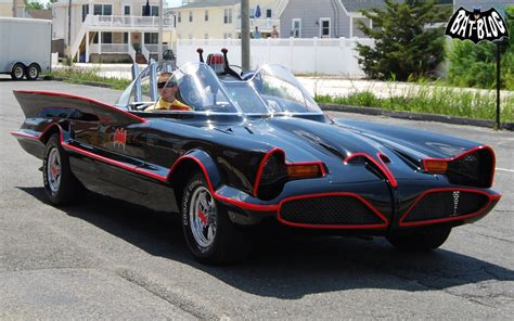 Batman Car Pictures by New 1966 Batmobile Car And Batgirl Wallpapers New
