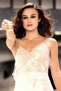 Keira Knightley Chanel : why keira knightley doesn t mind stains on her chanel wedding dress beauty news pinterest ~ Medecine-chirurgie-esthetiques.com Avis de Voitures