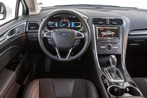 ford mondeo saloon review  parkers