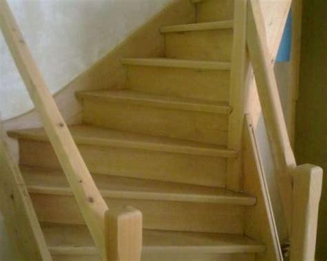 escalier en parquet stratifie escalier en parquet great comment peindre un parquet stratifie peindre un escalier en bois avec
