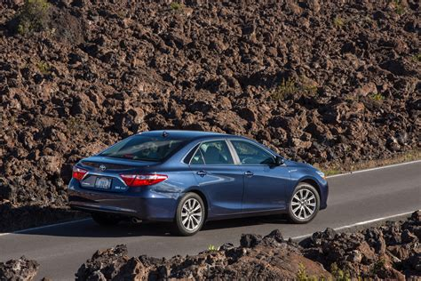 Toyota Camry 2015 Hybrid by 2015 Toyota Camry Hybrid Se Review