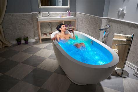 Air Bath Tub by Whirlpool Vs Air Tub