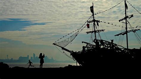 The Black Pearl driftwood ship on New Brighton beach