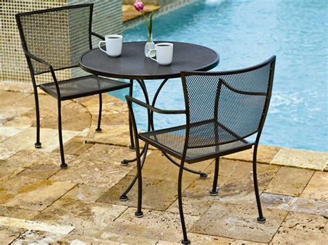 woodard mesh wrought iron   bistro table