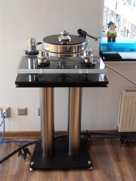 turntable stand fusion  liedtke metalldesign