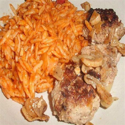 bifteki rezept mit griechischer tomatenreis essen rezepte