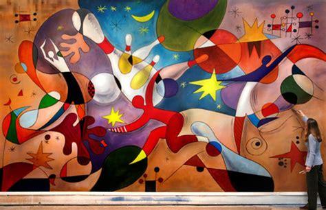 beautiful inspirited wall mural paintings