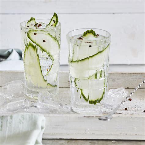 gin tonic mit gurke gin tonic mit gurke und szechuan pfeffer