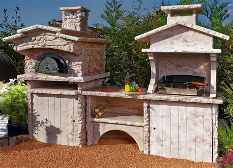 cuisine ete bois cuisine d été d extérieur en avec four à et