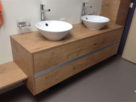 Badezimmermöbel Aufpeppen entspannt baden m 246 bellinie halter