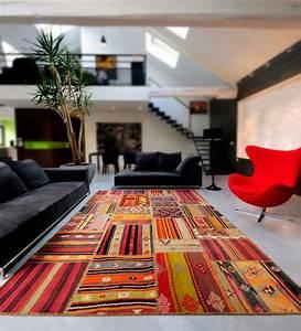 tapis design kilimdeco With tapis kilim avec canape d angle design contemporain